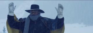 The Hateful Eight: mani alzate per Samuel L. Jackson nel teaser trailer del film di Tarantino