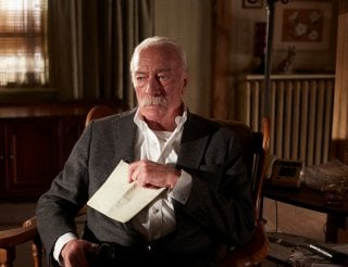 Remember: Christopher Plummer pensieroso in un'immagine del film