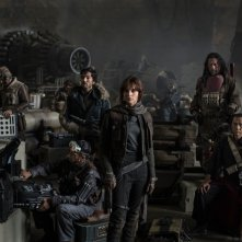 Star Wars Anthology: Rogue One - Riz Ahmed, Diego Luna, Felicity Jones, Jiang Wen e Donnie Yen nella prima foto ufficiale