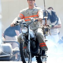 Ghostbusters: Chris Hemsworth sul set del film