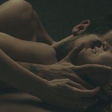 Banat (Il viaggio): una scena con protagonisti Edoardo Gabbriellini ed Elena Radonicich