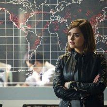 Doctor Who: Jenna-Louise Coleman interpreta Clara nell'episodio The Magician's Apprentice