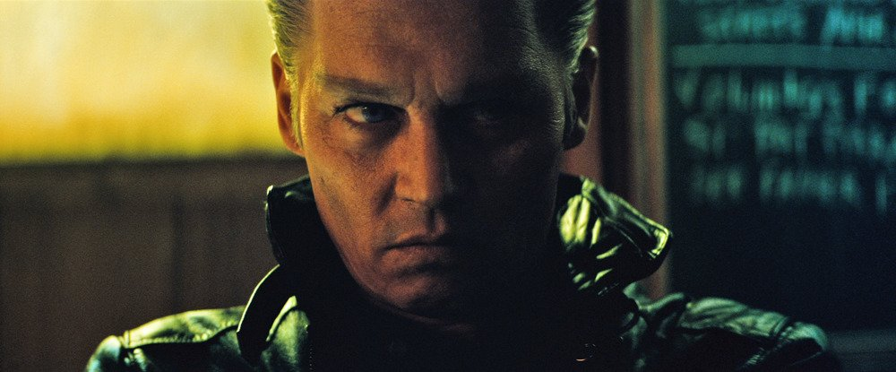 Black Mass - L'ultimo gangster: un inquietante espressione di Johnny Depp