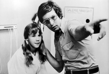 L'esorcista: William Friedkin sul set con Linda Blair