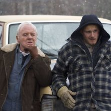 Go with Me: Anthony Hopkins con Alexander Ludwig in una scena del film