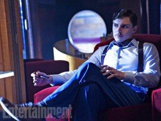 American Horror Story: Hotel - Evan Peters interpreta James March