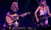 Da Friends al palco, Phoebe e Taylor Swift cantano 'Gatto rognoso'