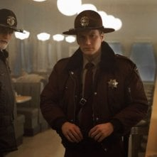 Fargo: Patrick Wilson e Ted Danson in una foto della stagione 2