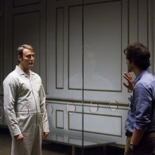 Hannibal: i protagonisti Mads Mikkelsen e Hugh Dancy in una scena di The Wrath of the Lamb