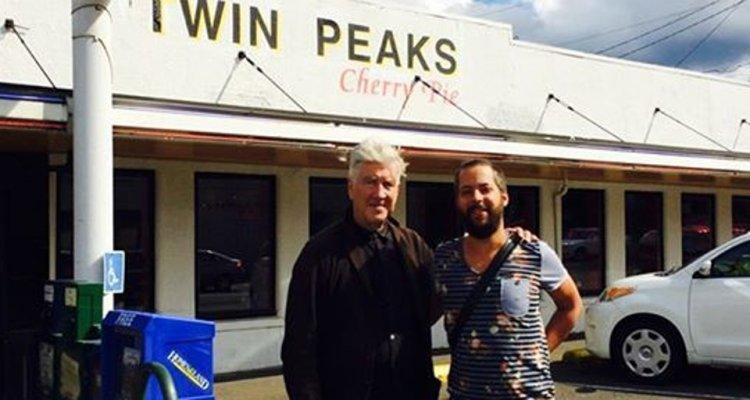 David Lynch si prepara a tornare nella sua Twin Peaks