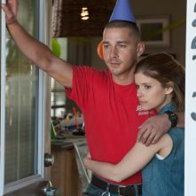 Man Down: Shia Labeouf e Kata Mara in una scena del film