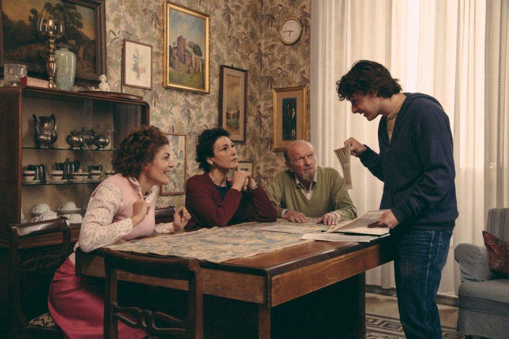 Pecore in erba: Anna Ferruzzo e Davide Giordano in una scena del film