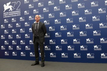 Man Down: Shia LaBeouf al photocall di Venezia 72
