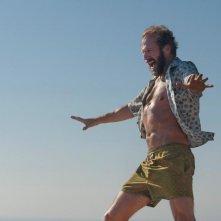 A Bigger Splash: Ralph Fiennes in una scena del film