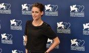 "Kristen Stewart a Venezia tra sorrisi e ""gelo"": ecco foto e video"