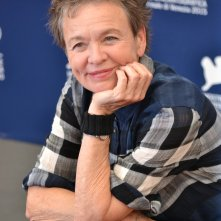 Venezia 2015: Laurie Anderson in uno scatto al photocall di Heart of a Dog