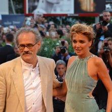 Venezia 2015: il regista Giuseppe M. Gaudino e Valeria Golino sul red carpet di Per amor vostro