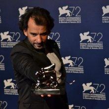 Venezia 2015: Pablo Trapero, regista di El Clan al photocall dei premiati