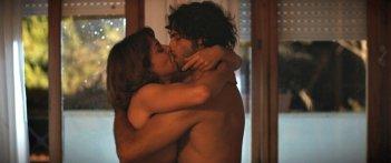 L'esigenza di unirmi ogni volta con te: un momento di passione tra Marco Bocci e Claudia Gerini