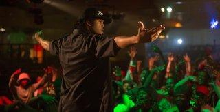 Straight Outta Compton: O'Shea Jackson Jr. in un momento del film