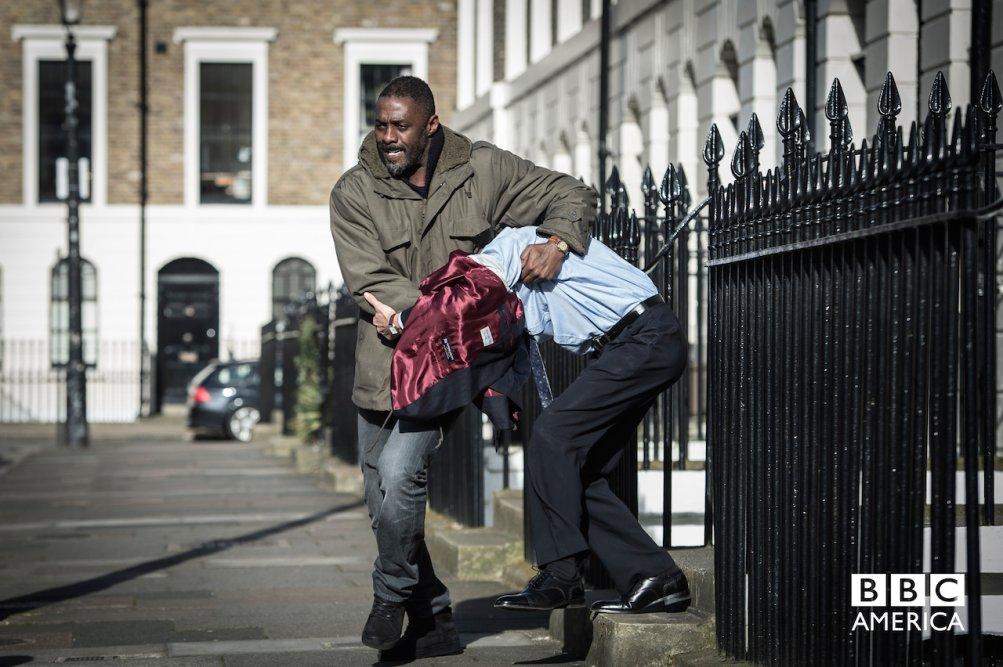 Luther: Idris Elba nella prima immagine della quarta stagione