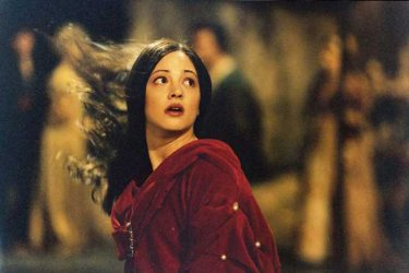 Asia Argento ne il Fantasma dell'Opera