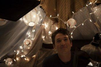 APPuntamento con l'@more: il protagonista Miles Teller in un'immagine tratta dal film
