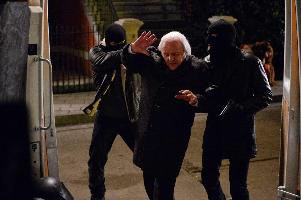 Il caso Freddy Heineken: Anthony Hopkins nella scena in cui viene rapito