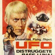 Locandina di UFO: Distruggete base Luna!