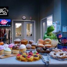 The Muppets: una tavola imbandita nella premiere della serie