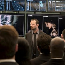 Blindspot: Sullivan Stapleton interpreta Kurt Weller in una scena del pilot