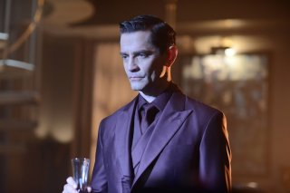Gotham: James Frain in una foto della première intitolata Damned If You Do