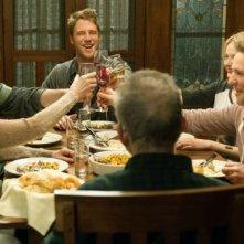 Limitless: Brian Finch durante una cena in famiglia mostrata nel pilot