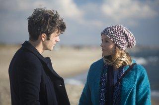 Poli opposti: Sarah Felberbaum e Luca Argentero e Sarah Felberbaum in un'immagine del film