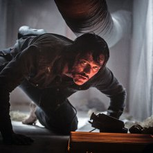 High Rise: Luke Evans in una scena d'azione