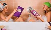 Le sorelle perfette: Amy Poehler e Tina Fey fanno il bagno nel poster