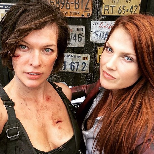 Resident Evil: The Final Chapter - Milla Jovovich e Ali Larter sul set