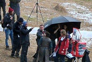 Il trono di spade: Kit Harington in una foto rubata dal set della stagione 6