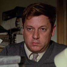 Un primo piano di Paolo Villaggio in Fantozzi (1975), diretto da Luciano Salce