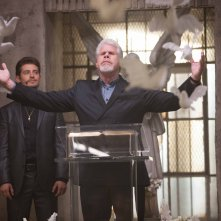 Hand of God: gli attori Julian Morris e Ron Perlman