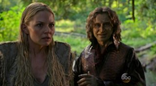C'era una volta: Jennifer Morrison e Robert Carlyle in The Dark Swan