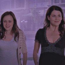 Una mamma per amica: Alexis Bledel e Lauren Graham nell'ultimo episodio della serie, Mi piace vederti felice