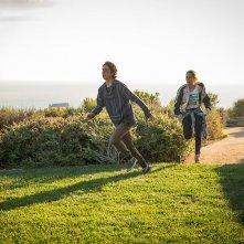 Fear the Walking Dead: Lorenzo James Henrie e Alycia Debnam Carey in The Good Man