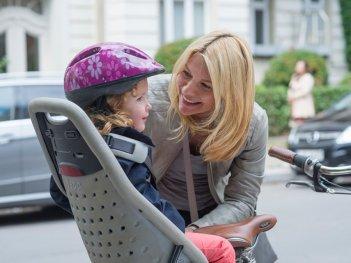 Homeland: Carrie, interpretata da Claire Danes, in versione mamma nell'episodio Separation Anxiety