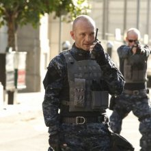 Agents of S.H.I.E.L.D.: Andrew Howard in una scena della premiere della stagione 3