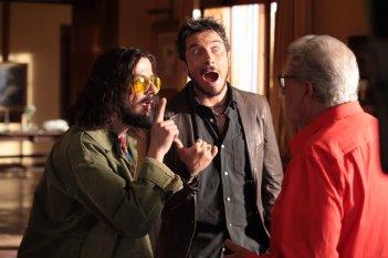 Natale col boss: Francesco Mandelli, Paolo Ruffini e Peppino di Capri in una scena del film