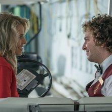 Red Oaks: Oliver Cooper e Alexandra Turshen in una scena della serie tv
