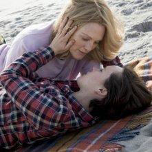 Freeheld - Amore, giustizia, uguaglianza: Ellen Page e Julianne Moore in una scena del film