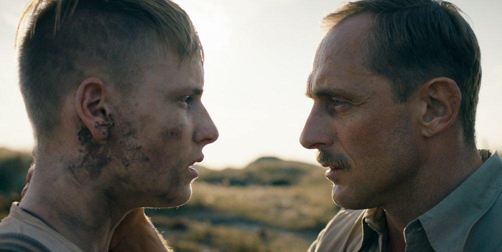 Land of Mine: una scena del film diretto da Martin Zandvliet