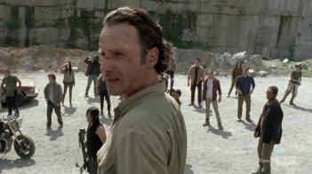 The Walking Dead: Andrew Lincoln in una scena dell'episodio Come la prima volta